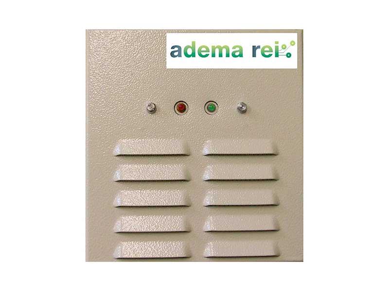 Boîtier de surveillance d'issues de secours